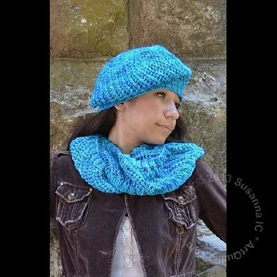 Coriolis Hat & Infinity Cowl by Susanna IC, Photo © ArtQualia, Model Natalie MacA