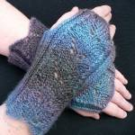 Wings Mitts by Susanna IC, Photo © ArtQualia